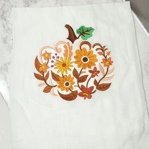 Decorative towel - fall pumpkin